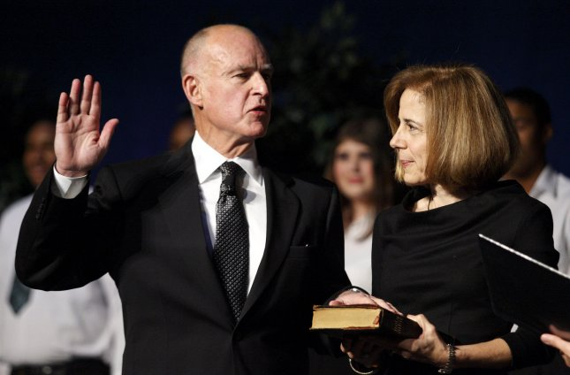 Jerry Brown is sworn in as the 39th Governor of the state of California at the Memorial Auditorium, in Sacramento, California, January 03, 2011. Brown was joined by his wife Anne Brown UPI/Ken James