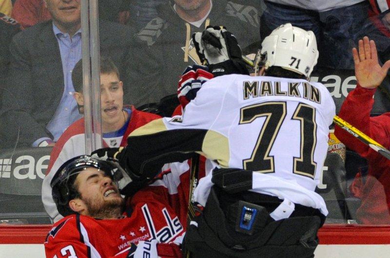 Pittsburgh Penguins center Evgeni Malkin (71). Photo by Mark Goldman/UPI