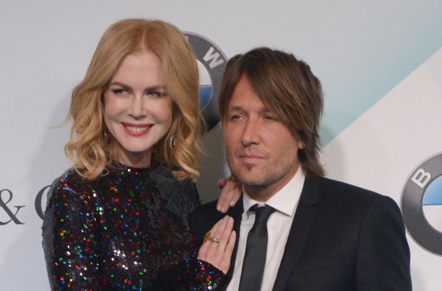 Nicole Kidman Keeps In Touch With Kids Isabella, Connor