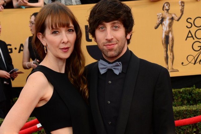 Jocelyn Towne, left, and Simon Helberg arrive for the 21st annual SAG Awards held at the Shrine Auditorium in Los Angeles on Jan. 25, 2015. File Photo by Jim Ruymen/UPI