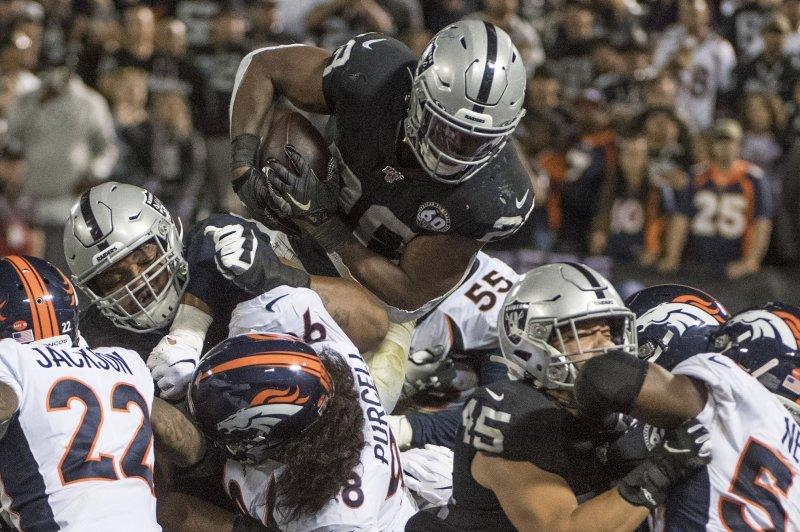 Watch Derek Carr Josh Jacobs Lead Raiders Over Broncos In Season Opener Upi Com