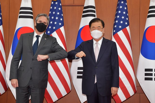 """U.S. Secretary of State Antony Blinken (L) and South Korean Foreign Minister Chung Eui-yong (R) met on Wednesday in Seoul for the first bilateral """"2+2"""" consultative meeting since the Obama administration. Photo by Yonhap"""