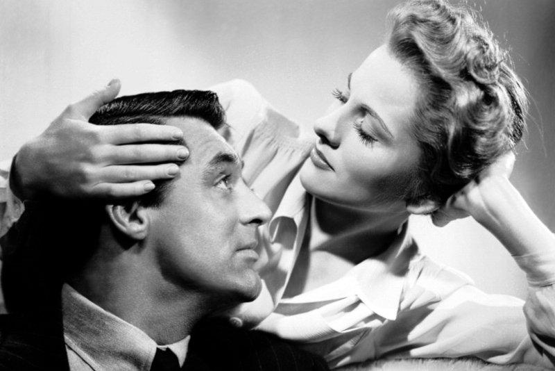 Joan Fontaine, Oscar-winning Hitchcock blonde, dies at 96