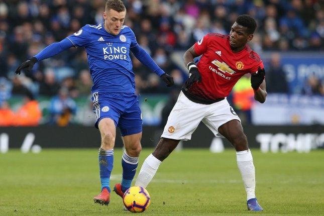 Manchester United's Paul Pogba (R) assisted the only goal of the match in the Red Devils' 1-0 win against Leicester City on Sunday at King Power Stadium in Leicester, England. Photo by Nigel Roddis/EPA-EFE