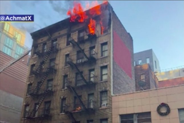 1 Dead In Nyc High Rise Apartment Building Fire