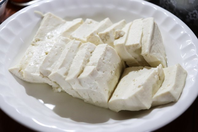 Eating tofu more than once a week was associated with an 18 percent lower risk of heart disease, researchers say. Photo by ally j/Pixabay