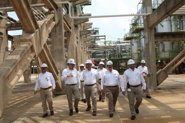 Mexican state oil company Pemex CEO Carlos Trevino (C) inspects some of the company installations on Sept. 20, 2018. On Thursday, Trevino was questioned by members of Mexico's Congress. Photo courtesy of Pemex