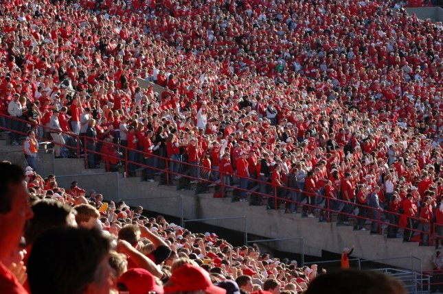 Fans of the Nebraska Cornhuskers fill Memorial Stadium where their team will face off against the 1-2 Illinois Fighting Illini. Photo by rthoma/Shutterstock