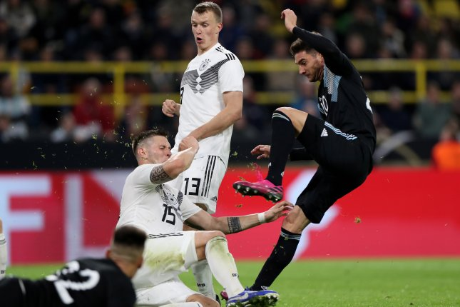 Argentina's Lucas Alario (R) scored and had an assist in a 2-2 draw with Germany in an international friendly Wednesday in Dortmund, Germany. Photo by Friedemann Vogel/EPA-EFE