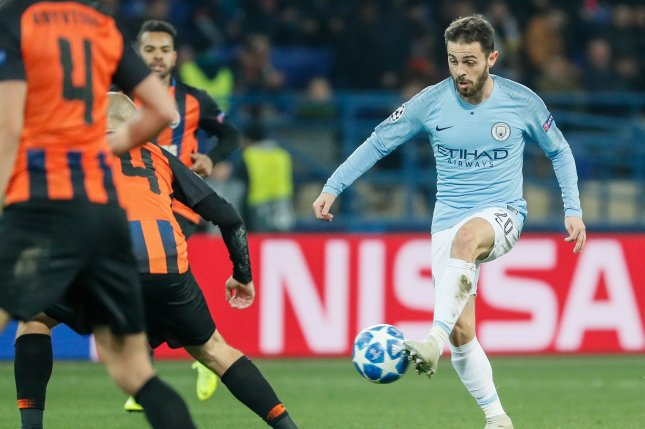 Bernardo Silva (R) of Manchester City in action during a UEFA Champions League Group F soccer match against Shakhtar Donetsk on Tuesday in Kharkiv, Ukraine. Photo by Sergey Dolzhenko/EPA-EFE