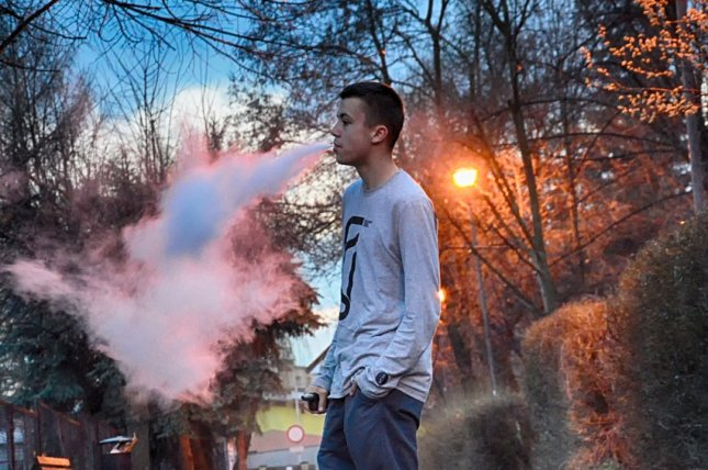 A Mayo Clinic study of lung samples from people sickened by suspected vape-related conditions shows toxic fumes may be the cause, but does not suggest what those fumes are from. Photo by Krystian-Graba/Pixabay