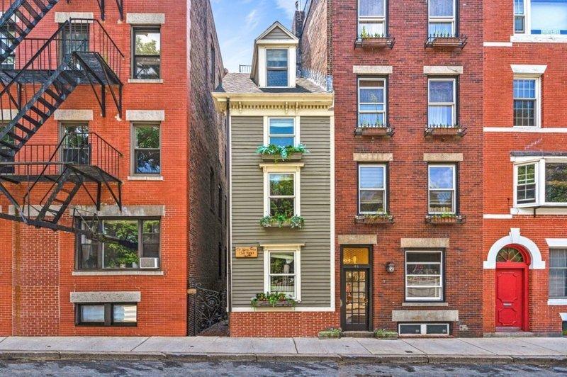 Boston's 'Skinny House' sells for $1.25 million
