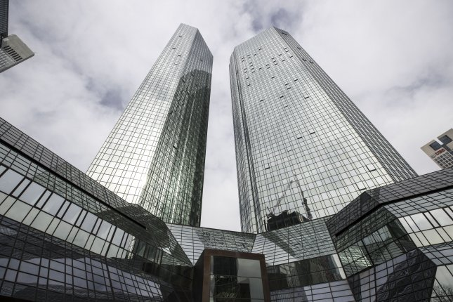 Deutsche Bank set to announce merger talks with Commerzbank
