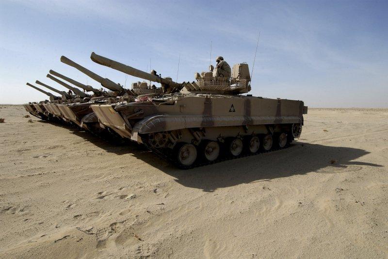 Pentagon warns troops may not get paid next week