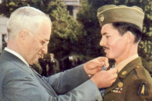 President Harry Truman awards the Medal of Honor to conscientious objector Desmond T. Doss on October 12, 1945. File Photo courtesy the U.S. government
