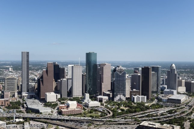 Using data from a NASA spectrometer onboard an airplane, researchers said the distribution of air pollution over Houston is concentrated in neighborhoods in which low-income, non-White and Hispanic people live. Photo by skeeze/Pixabay