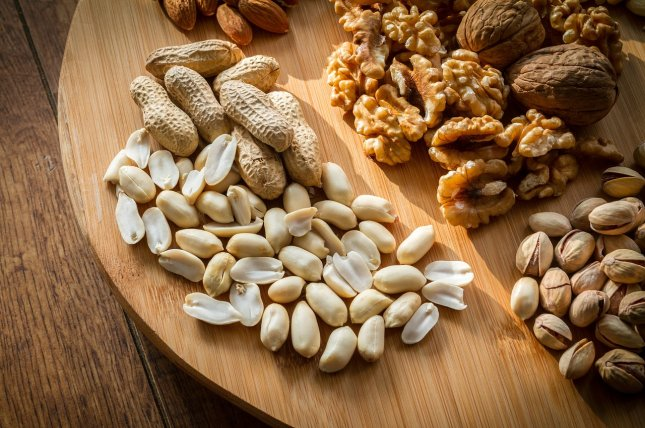 People with type 2 diabetes who ate five servings of nuts a week had a 34 percent lower risk of cardiovascular disease death versus type 2 diabetics who didn't eat 28-gram serving per month. Photo courtesy of Max Pixel