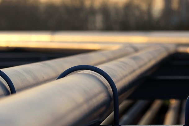 A release of oil reported from a pipeline leading out of the key storage facility in Cushing, Okla. Photo by Kodda/Shutterstock