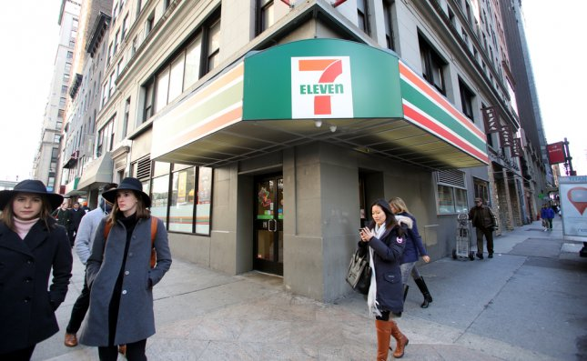 A new IRS partnership will allow U.S. taxpayers to pay their taxes with cash at more than 7,000 7-Eleven stores in 34 states. Photo by Northfoto/Shutterstock.com
