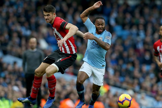 Man City thrash Southampton to go top again