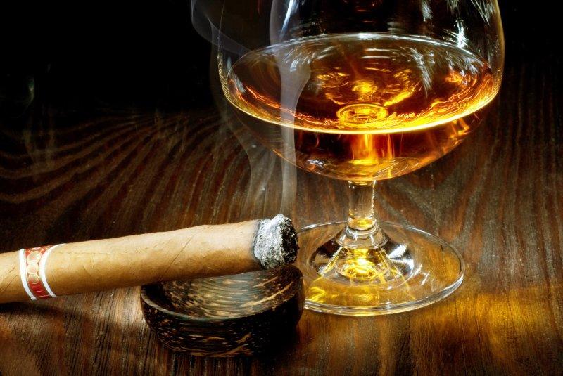 alcohol tobacco bigger health risk than illegal drugs upi com
