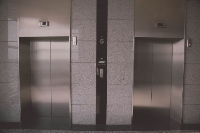 New research suggests that in some environs -- such as elevators -- letting air remain somewhat stagnant, rather than adding purifiers or other air circulation systems. Photo by nakataza02/Pixabay