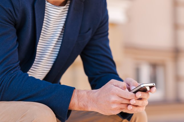 The Get Schooled Foundation announced Monday an expanded texting service that gives students quick access to answers about federal financial aid for college. Photo by g-stockstudio/Shutterstock