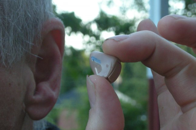 Researchers examined data from more than 1,300 adults aged 65 to 85 with severe hearing loss, and found that only 45 percent of them used a hearing aid. Photo by Jonas Bergsten/Wikimedia Commons