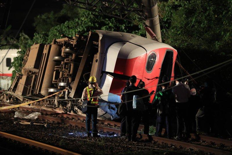 Taiwan train crash deadliest in decades