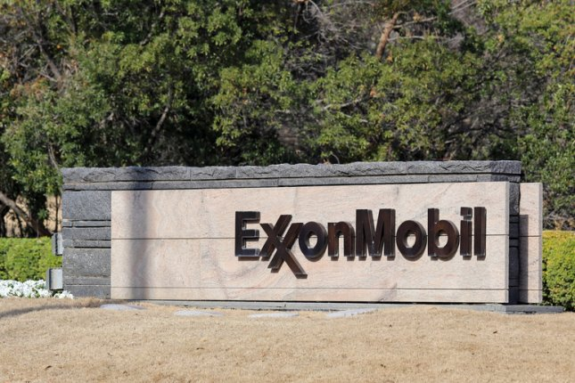 Rockefeller Family Fund pulls investments from fossil fuels industry, singling out Exxon Mobil for allegations it downplayed the impact the oil sector had on climate change. Photo by Katherine Welles/Shutterstock