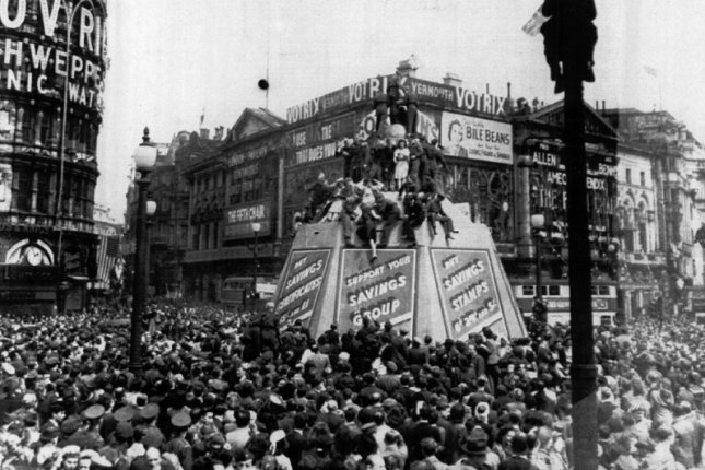 People jam Piccadilly Circus during celebration of V-E Day on May 8, 1945, in London. UPI File Photo