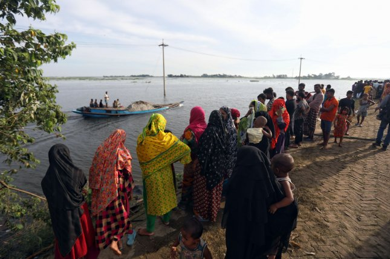 Bangladesh boat collision kills at least 22