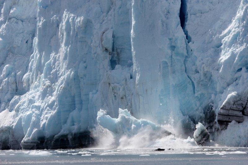 A glacier calving. Photo by ziggysofi/Shutterstock