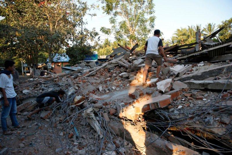 Death toll from Indonesian earthquake, tsunami rises to 844 - UPI com