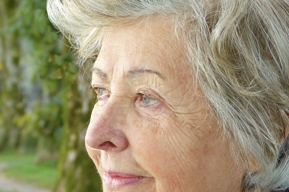 Study finds that rates of cognitive decline may be sharper among widowed older adults. File photo courtesy of Max Pixel