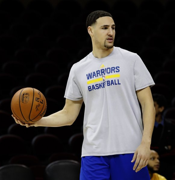 Klay Thompson and the Golden State Warriors face off with the Dallas Mavericks on Thursday. Photo by John G. Mabanglo/EPA
