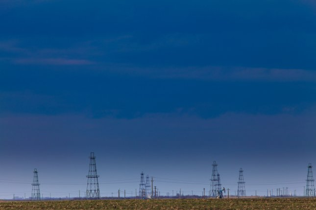 Baker Hughes data show an increase in the number of rigs deployed across the North American energy sector. Photo by Calin Tatu/Shutterstock