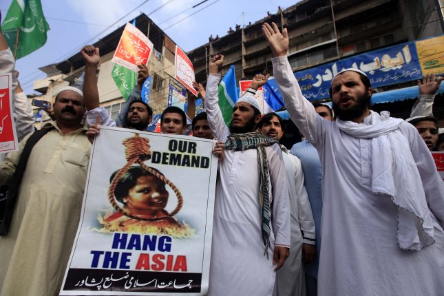 pakistan bars bibi from leaving amid acquittal protests upi com