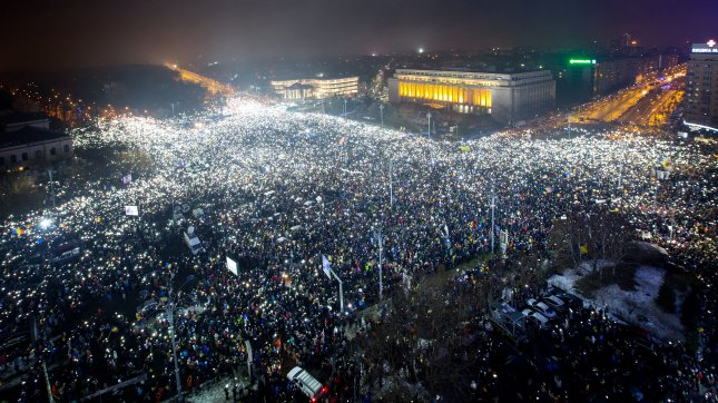 Romania justice minister quits over corruption bill protests