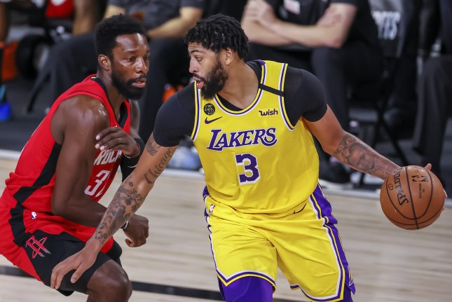 Los Angeles Lakers forward Anthony Davis (R) helped guide the team to an NBA championship last season. File Photo by Erik S. Lesser/EPA-EFE