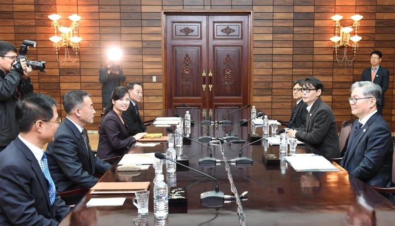Korea to send heavyweights of K-pop to North Korea