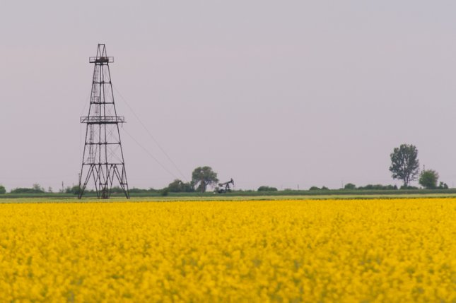 U.S. shale company Pioneer Natural Resources publishes its first-ever sustainability report. File photo by Calin Tatu/Shutterstock