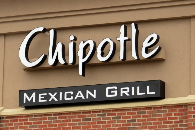 Chipotle Mexican Grill gets sales boost from menu price hike