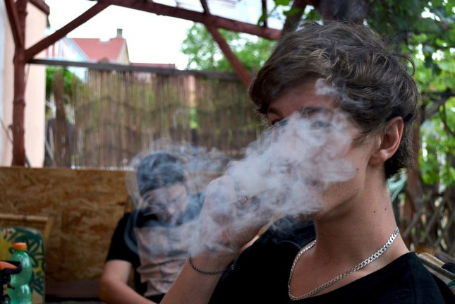 Study: Nearly one in three U.S. college students smokes pot