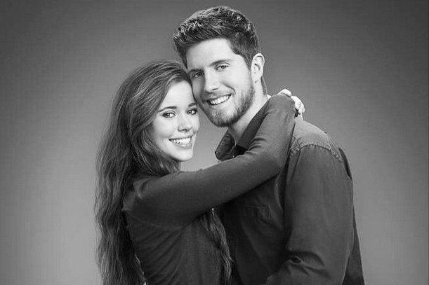 Jessa Duggar (L) and husband Ben Seewald. Photo by Jessa Duggar/Instagram