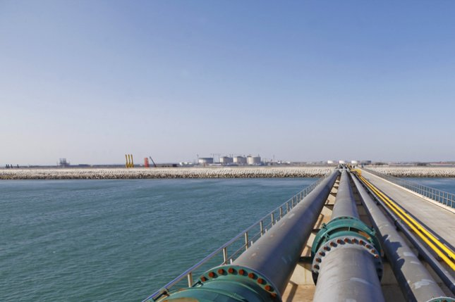 BP signs an agreement with the state energy company in Azerbaijan to explore new basins with the national waters of the Caspian Sea. BP leading a group set to deliver Azeri gas to Europe. Photo by tcly/Shutterstock