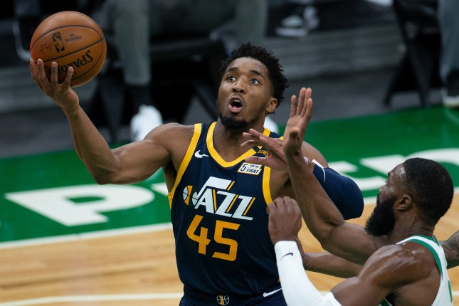 Utah Jazz guard Donovan Mitchell (L) practiced Thursday for the first time since suffering a sprained right ankle more than a month ago. File Photo by CJ Gunther/EPA-EFE