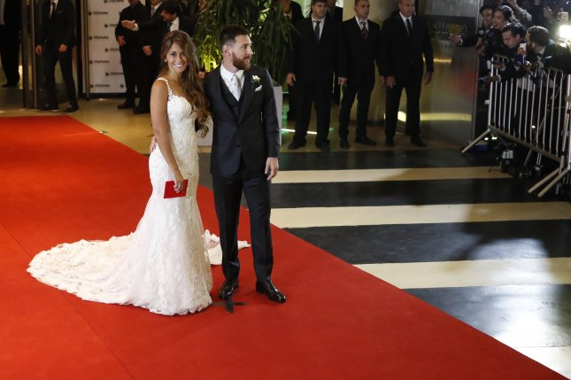 Shakira Soccer S Best Attend Lionel Messi S Wedding Upi Com