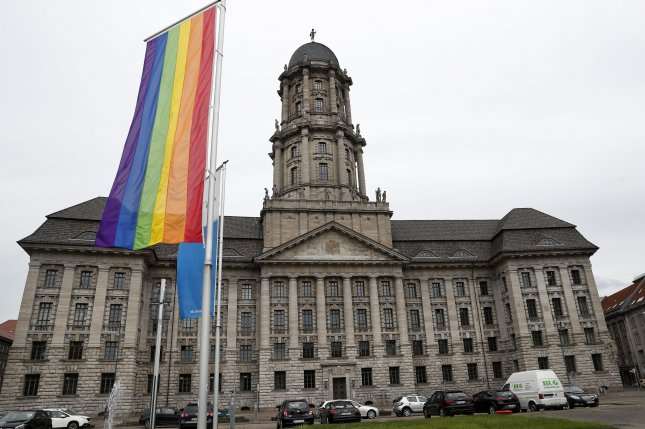 Germany\'s top court orders \'third gender\' option on birth ...