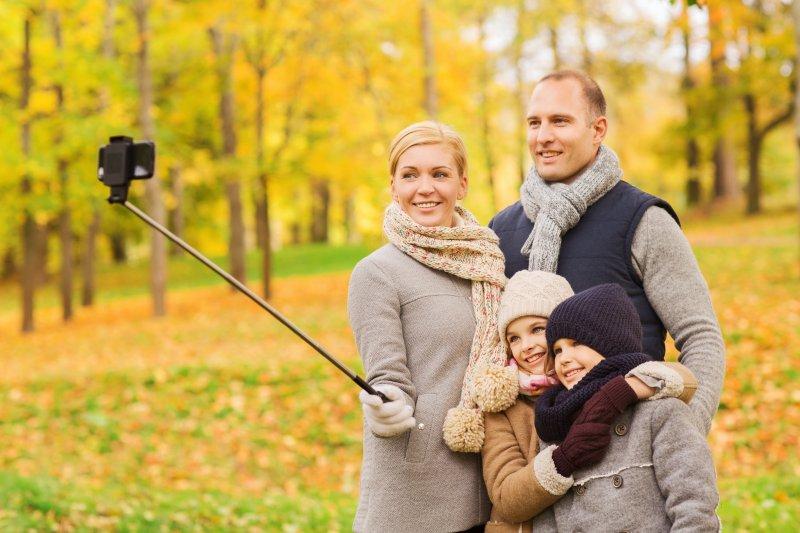 Selfie sticks, drones banned at Kentucky Derby